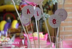 Catering-para-cumpleaños-infantiles-Detalles-nombre-Armiñan Catering. Catering Madrid