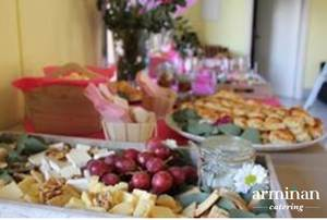 Catering-para-cumpleaños-infantiles-Quesos-uvas-Armiñan Catering. Catering Madrid