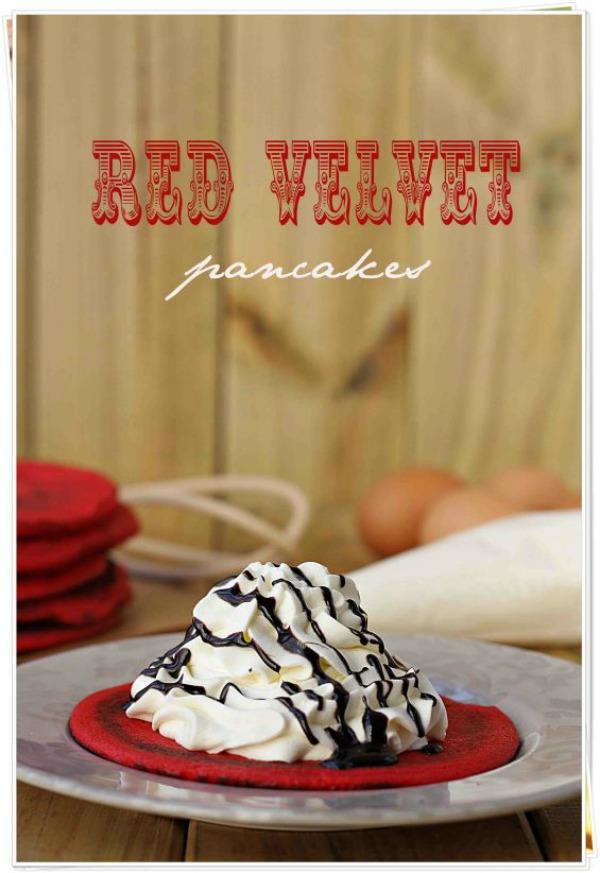 Red_velvet_pancakes-conlaszarpasenlamasa