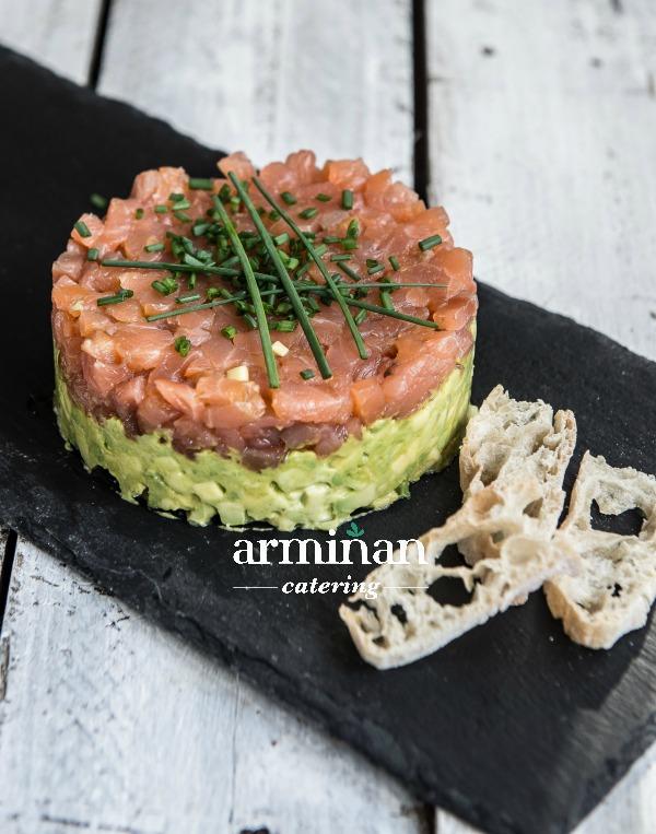 Fotos-armiñan-catering. Tartar-salmon