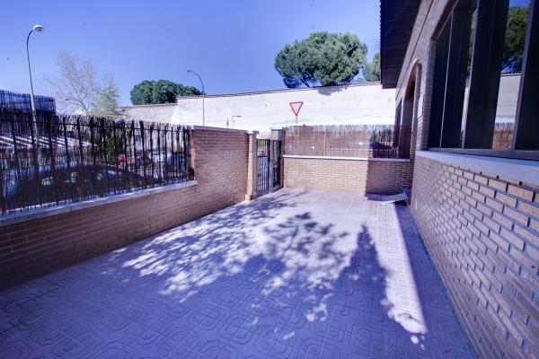 Alquiler local Madrid con zona exterior